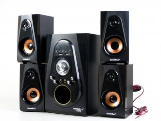 SoundMax A-8910 - A multimedia 4.1 channel speaker that support karaoke.
